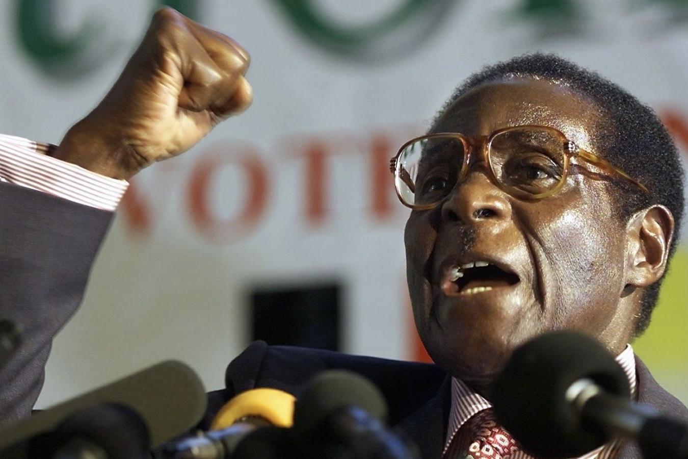 Robert Mugabe has still not resigned 1