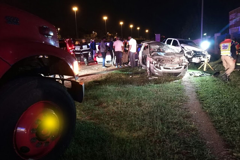 newsfeeds24,blood samples,Toyota Hilux,Witkoppen accident,two officers killed,multiple vehicles,injuries,Roadblock,Johannesburg Metro Police Department,JMPD officers killed,Drunk driver,
