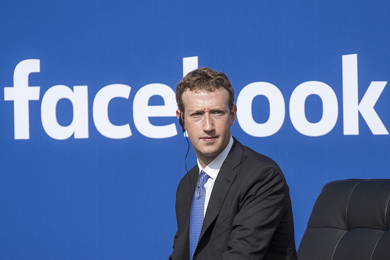 Zuckerberg apologises for Cambridge Analytica