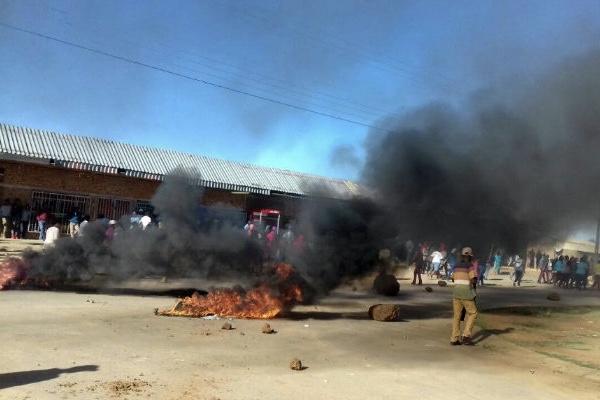 Video: Nationwide Saftu Strike Turns Violent Blocking Ambulances From Hospitals 1