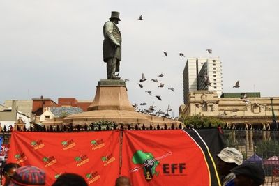 Eff Threatens To Destroy Paul Kruger Statue To Commemorate Winnie Mandela