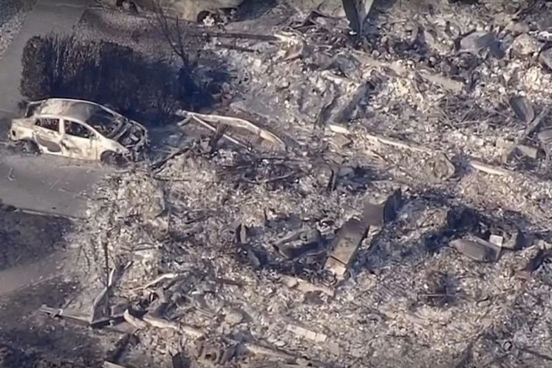 Video: Aerial Footage Shows California Districts Wiped Out By Wildfires 1