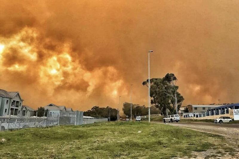 Video: Cape Town Engulfed In A Fiery Nightmare Again 1