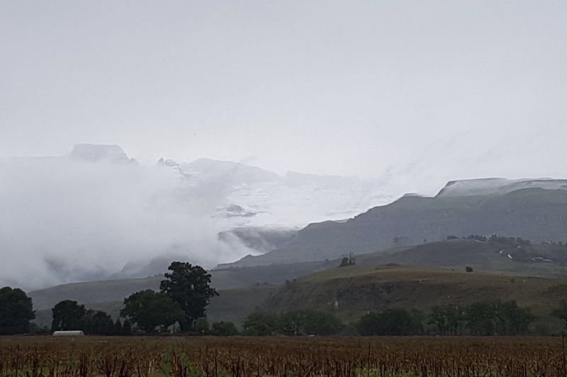 Video: Guess What? Snow Falls In Certain Parts Of Kzn 1