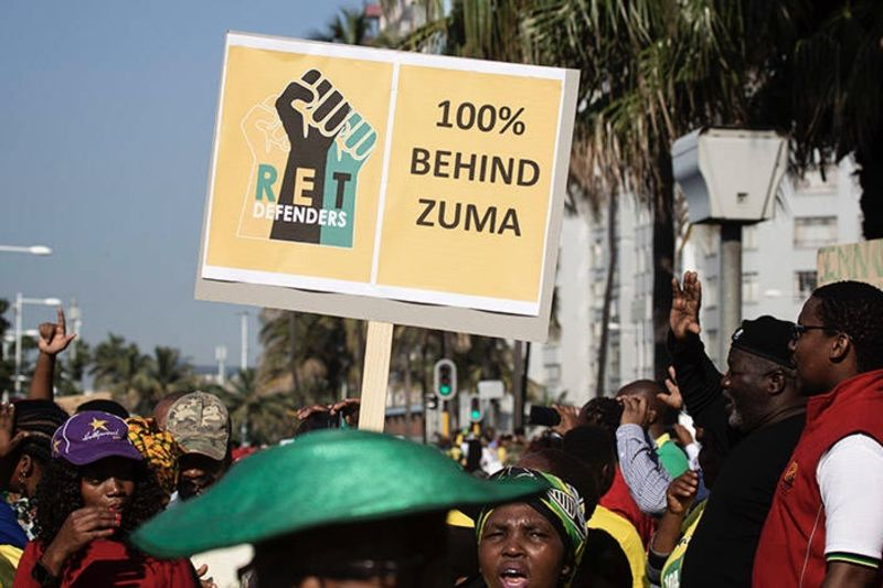 Zuma Returns To Court To Face Corruption Charges 1