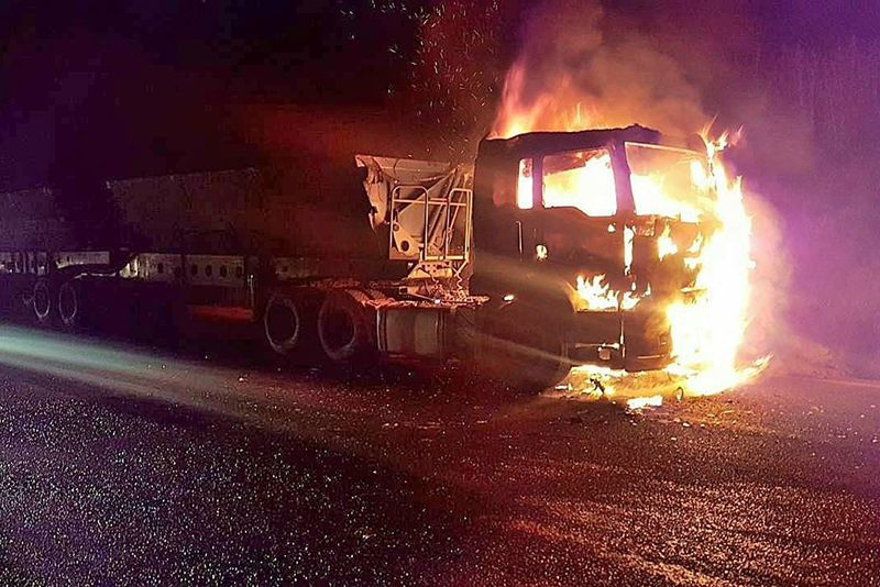 Video: 54 People Arrested After Violent Protests On The N3 Leave 35 Trucks Damaged 1