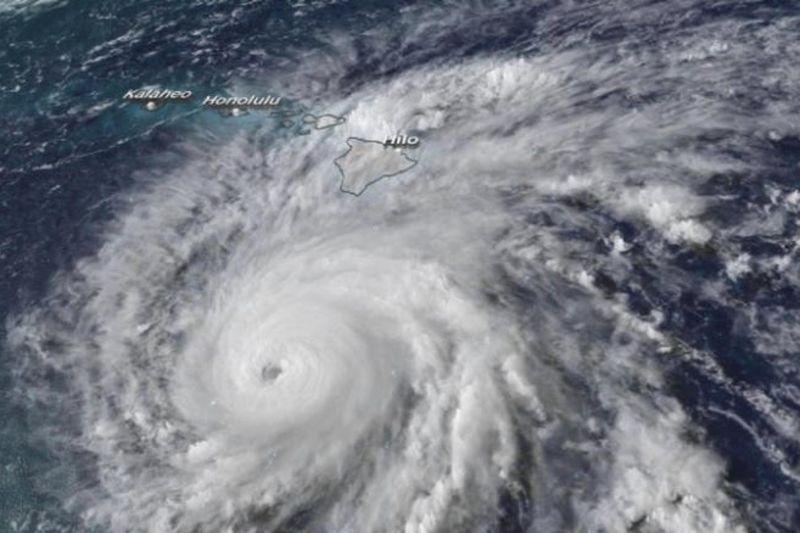 Hurricane Lane Pours Down On Hawaii 1