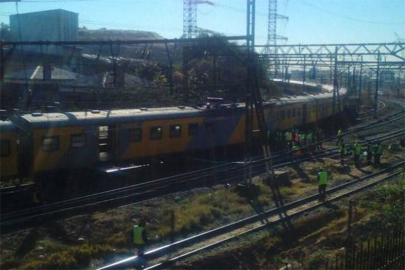 Two trains collided in Johannesburg leaving 100 injured 1